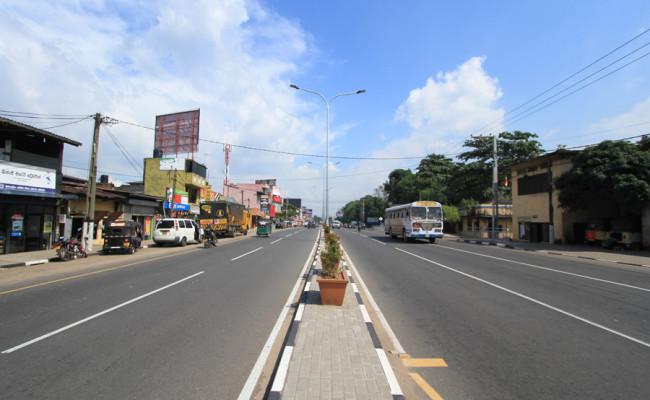 06-B-001-road-03