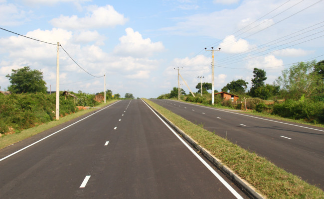 34-Hambantota–Gonnoruwa–Meegahajandura-Road-09